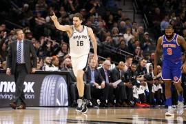 Pau Gasol se acerca al 'triple-doble' en otra gran actuación para ganar a los Knicks