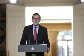 Rajoy ve «absurdo» que Puigdemont pretenda gobernar desde el extranjero