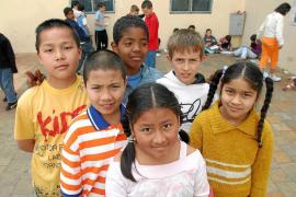 Los colegios reciben a niños de 33 países diferentes en la escolarización extraordinaria