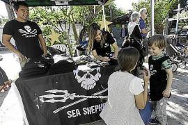Los «piratas ecológicos» se instalan en Ibiza para seguir protegiendo el mar