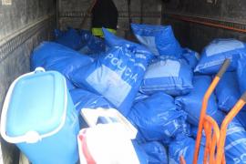 Sant Josep destruye más de una tonelada de material procedente de la venta ambulante