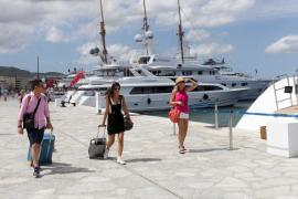 Ibiza figura entre los destinos más buscados por los turistas europeos, según Jetcost