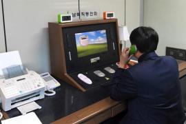 Seúl y Pyongyang restablecen su canal de comunicación, suspendido hace casi dos años