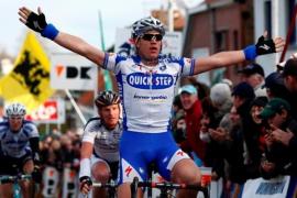 El belga Weylandt muere tras sufrir una caída en la tercera etapa del Giro