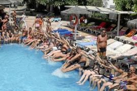 El Consell d'Eivissa defiende la rebaja de la ecotasa para los hoteleros de Menorca