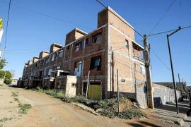 Una promotora inmobiliaria catalana es la propietaria del edificio okupa de es Viver