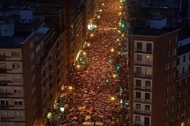 Miles de personas exigen en Bilbao el fin de la dispersión de los presos de ETA