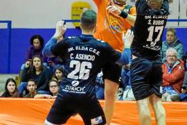 El HC Eivissa se aúpa al liderato provisional