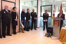 Manuel Hernández toma posesión como nuevo comisario de Ibiza