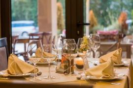 Los restaurantes de Baleares tendrán que facilitar los restos de alimentos no consumidos a los clientes que lo soliciten