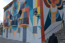 """PROU! denuncia """"numerosas irregularidades"""" en el barrio de la Marina"""