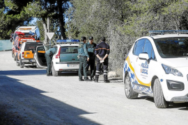 Un operativo de más de 20 efectivos busca durante horas a un hombre que había volado a Barcelona