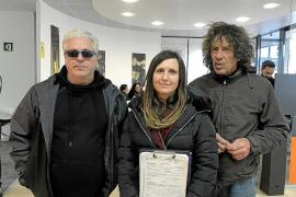 Los artesanos solicitan una reunión con Rafa Ruiz para volver a Vara de Rey