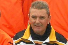El fútbol pitiuso llora la pérdida de Javier Tristán, técnico del Sant Josep