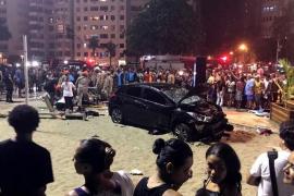 Muere un bebé de ocho meses en un atropello múltiple en el paseo marítimo de Copacabana, en Río de Janeiro