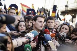 """Rivera pide al PP que """"entone el 'mea culpa"""" por la corrupción y reclama un Gobierno limpio"""