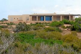 El Supremo ordena revisar las licencias de las mansiones de Punta Gavina al Consell de Formentera