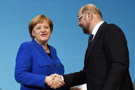 """El SPD decide negociar una nueva """"gran coalición"""" con Angela Merkel"""