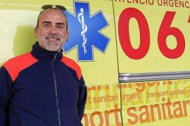 Rafael Hernández: «La enfermería tiene una sobrecarga emocional muy grande»