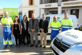 Aqualia incorpora dos vehículos eléctricos a su flota en la isla de Formentera