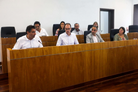 El PP pedirá explicaciones a Vila por incumplir su promesa de no percibir dietas