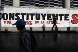 El chavismo acuerda que haya elecciones presidenciales antes del 30 de abril