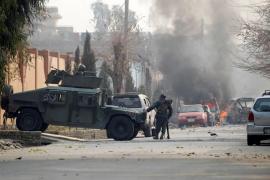 Al menos doce heridos por un atentado contra la sede de Save the Children en Jalalabad