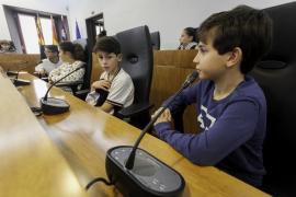 El pleno infantil de Vila debate sobre el consumo responsable