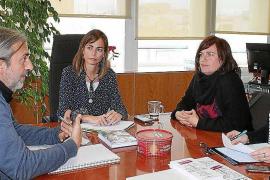 La Federación de Personas Sordas transmite sus necesidades a Lydia Jurado