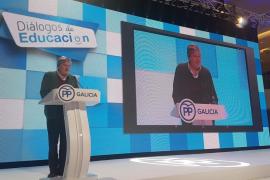 """Méndez de Vigo propone un MIR educativo de dos años para """"prestigiar"""" la labor docente"""