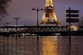 Evacuadas 1.500 personas en la región de París por la crecida del Sena