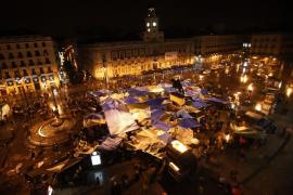 Un centenar de «indignados» duerme en Palma tras consensuar un manifiesto