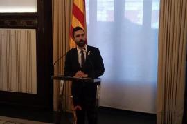 """Torrent aplaza el pleno de investidura para garantizar """"la inmunidad"""" de Puigdemont"""