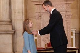 """El Rey, a la Princesa de Asturias: """"Te guiarás permanentemente por la Constitución y servirás a España con humildad"""""""