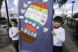 Los colegios de la isla se vuelcan para celebrar el Día de la Paz (Fotos: D. Espinosa / M. Sastre).