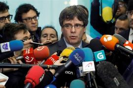 Puigdemont en un mensaje de móvil: Moncloa triunfa, esto se ha terminado, los nuestros nos han sacrificado