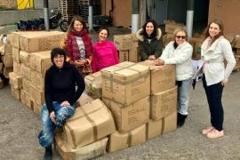 SOS Refugiados Ibiza envía 3.700 kilos de material humanitario a los campos de refugiados griegos