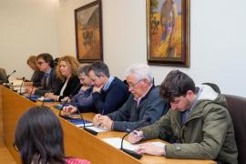 Pleno en el Ayuntamiento de Santa Eulària (Fotos: Marcelo Sastre).