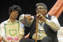 Gran éxito de las funciones escolares de 'Una noche en casa del abuelo. El cuento gay jamás contado'