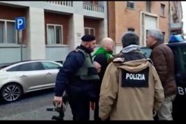 Seis heridos en Macerata (Italia) por disparos de un individuo a bordo de un vehículo