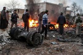 Las milicias de la oposición siria derriban un caza Su-25 ruso en Idlib y capturan al piloto