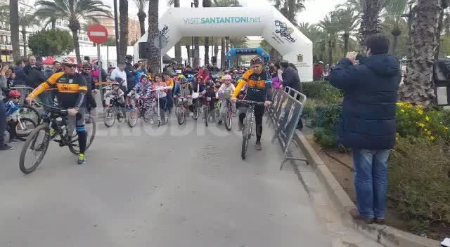La marcha des Porquet reúne a un millar de ciclistas en Sant Antoni