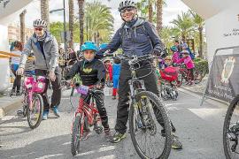 El buen ambiente reinó en una multitudinaria marcha des Porquet que contó con más de 740 ciclistas en la prueba reina