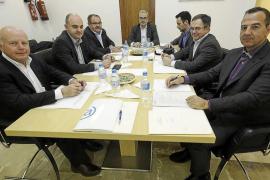 El Consell d'Eivissa realizará un 'estudio de carga' para saber si se ha de limitar el número de vehículos