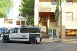 La Guardia Civil investiga la temeridad de un conductor que acabó con un joven ciclista herido en Buscastell