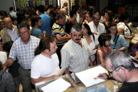 PALMA UH DB FOTOS AMBIENTE ELECCIONES EN EL INST. MADINA MAYURCA. FOT