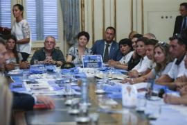 Presidente Macri se reúne con familiares de tripulantes de submarino desaparecido