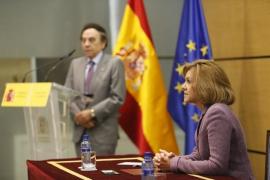 """Cospedal acusa de """"deslealtad"""" a Rivera por buscar """"sacar tajada política"""" con Cataluña y """"desgastar"""" a Rajoy"""