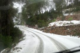 La nieve llega a la isla de Ibiza