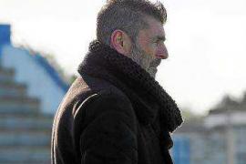 Vicente Román: «Creo que hay fuera de juego en el primer gol»